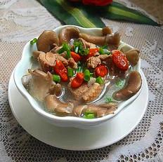 老鸭菌菇汤