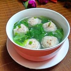 牛肉丸生菜汤