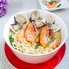 蛤蜊鲜虾面