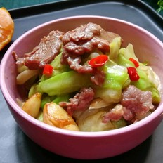 牛肉炒包菜