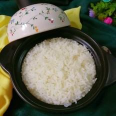砂锅焖米饭