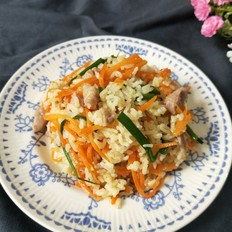 胡萝卜肉丝炒饭
