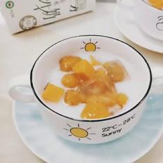 牛奶芋圆甜汤
