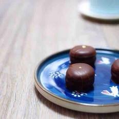 巧克力糖衣马卡龙
