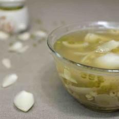 绿豆薏米百合糖水