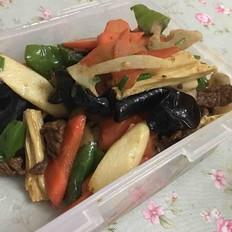 牛肉炒杂蔬