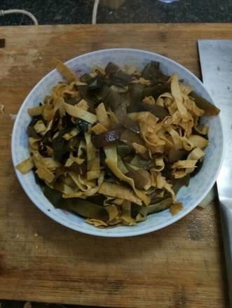海带豆腐皮的做法