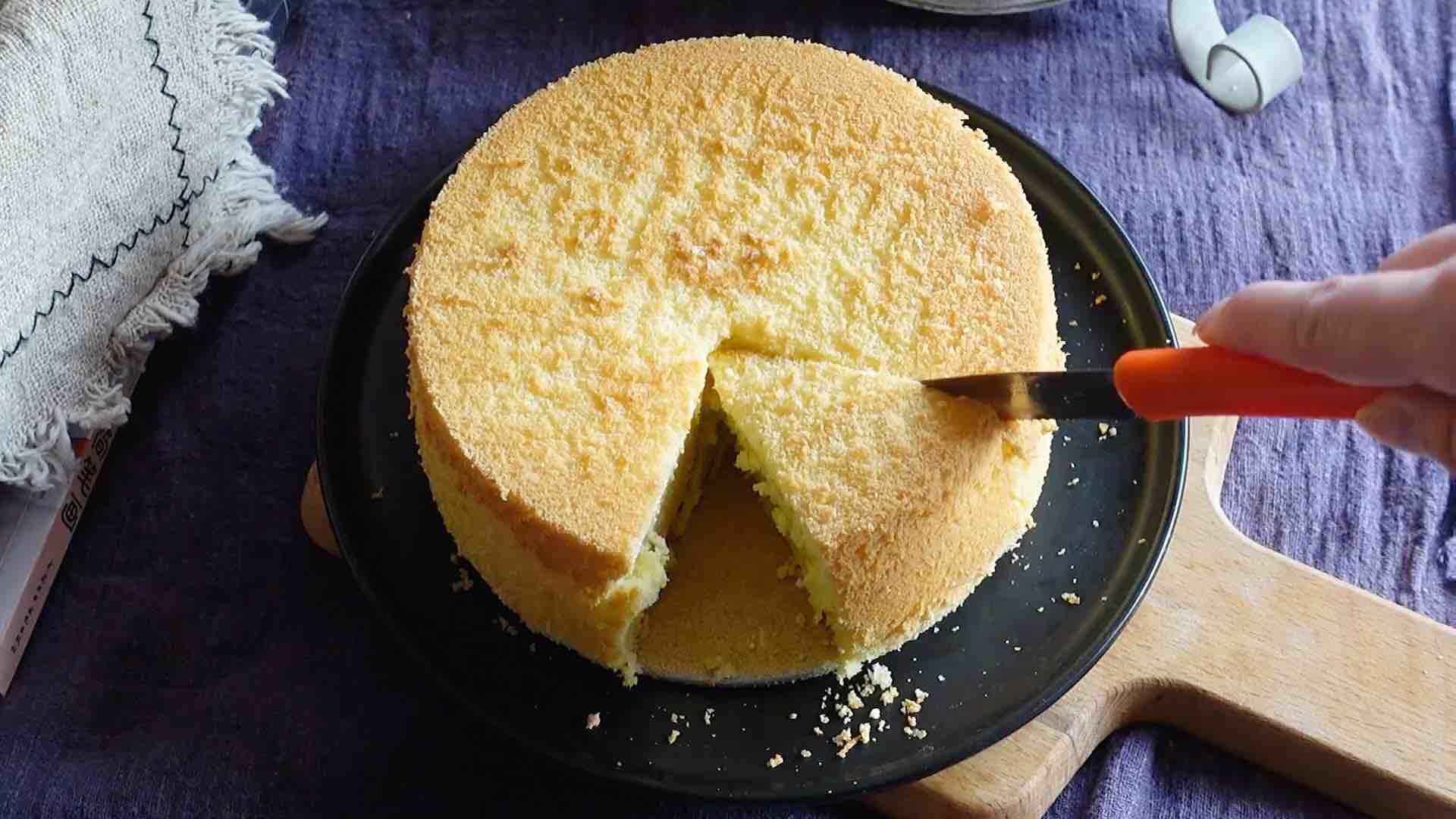 戚风蛋糕不用买,教你在家做,松软香甜不塌陷的做法