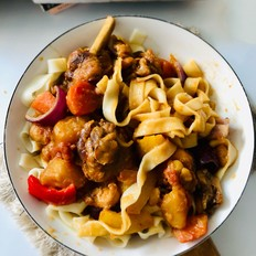 在家也成做出超级美味的大盘鸡,过程简单2分钟学会的做法