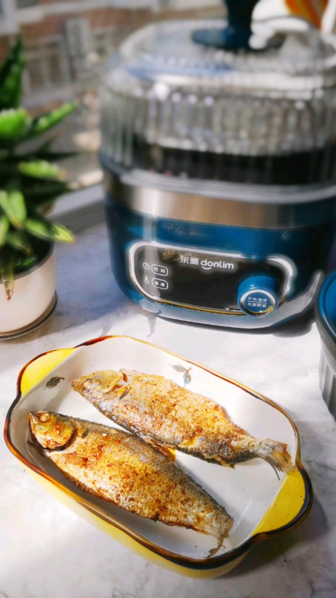 烧烤不可错过的美味——烤鲫鱼的做法