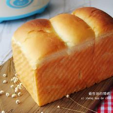 酸奶蜜豆土司