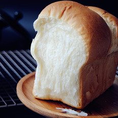 超软淡奶油面包
