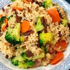 牛肉蔬菜炒饭