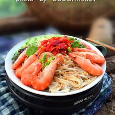鲜虾剁椒黄瓜凉面