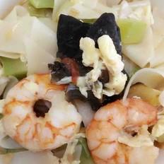 鲜虾面片汤