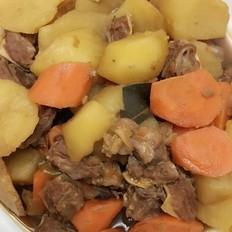 土豆炖牛腩