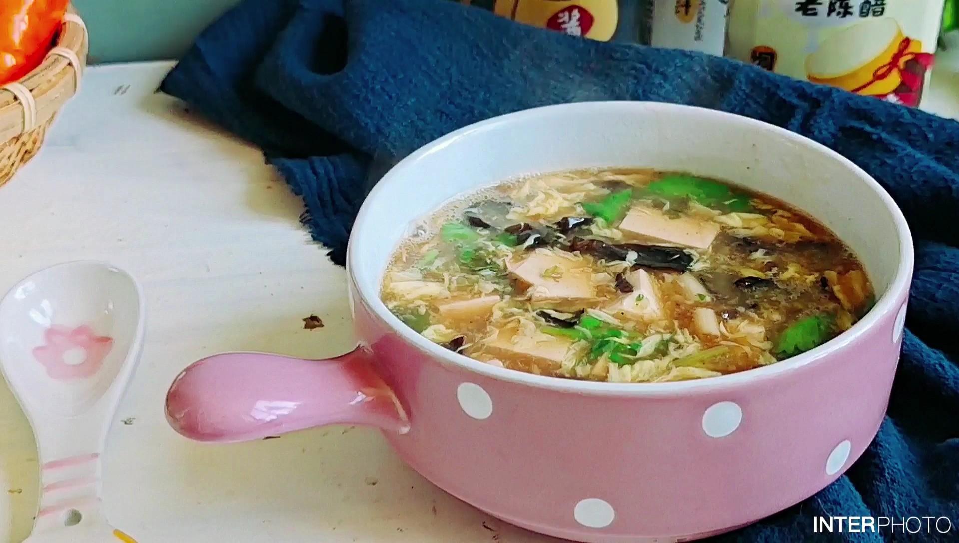 秋冬季的一碗暖身汤…酸辣豆腐羹
