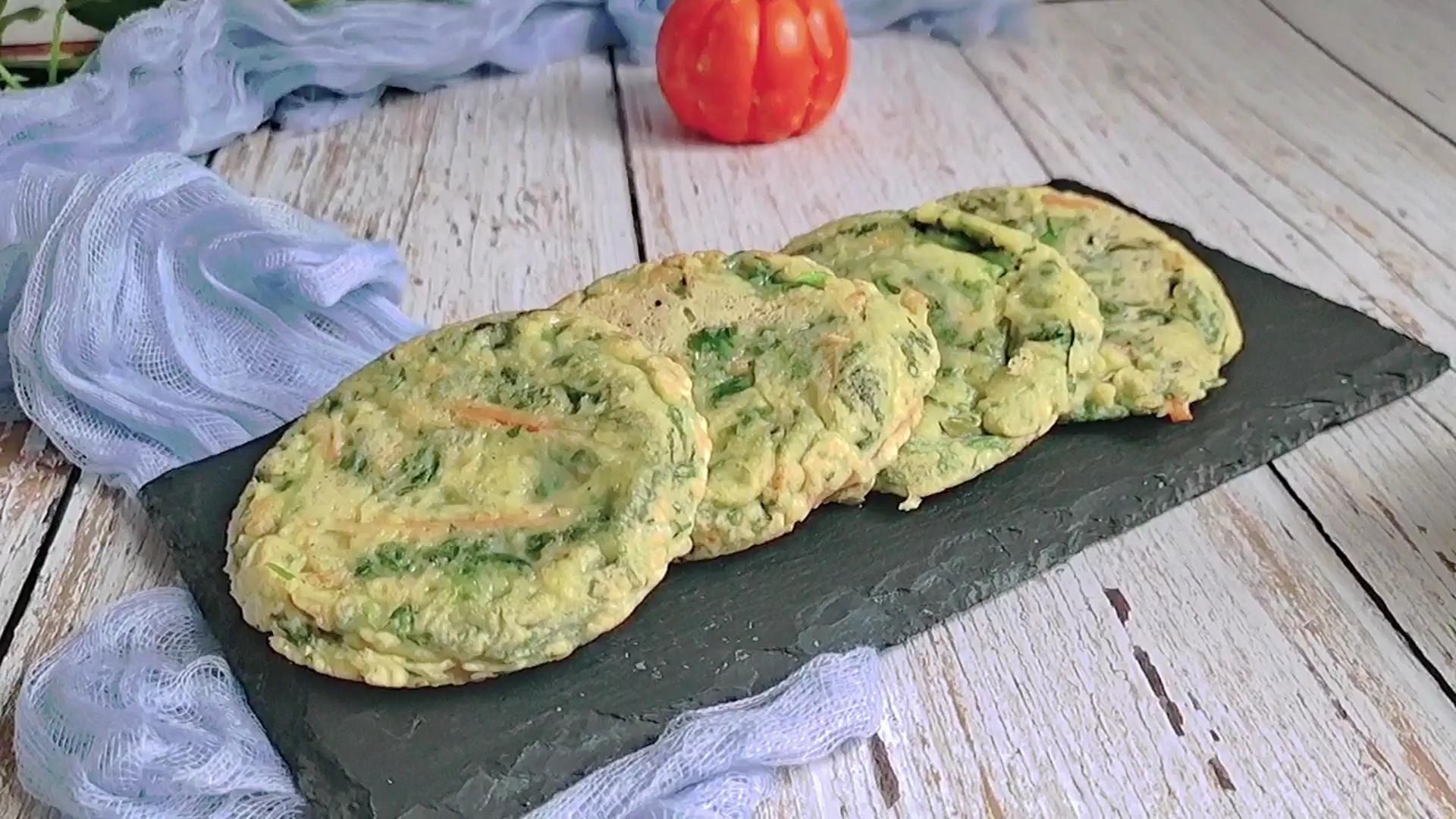 芹菜叶别在扔掉了,这样吃秒变营养快手早餐…芹菜叶鸡蛋饼