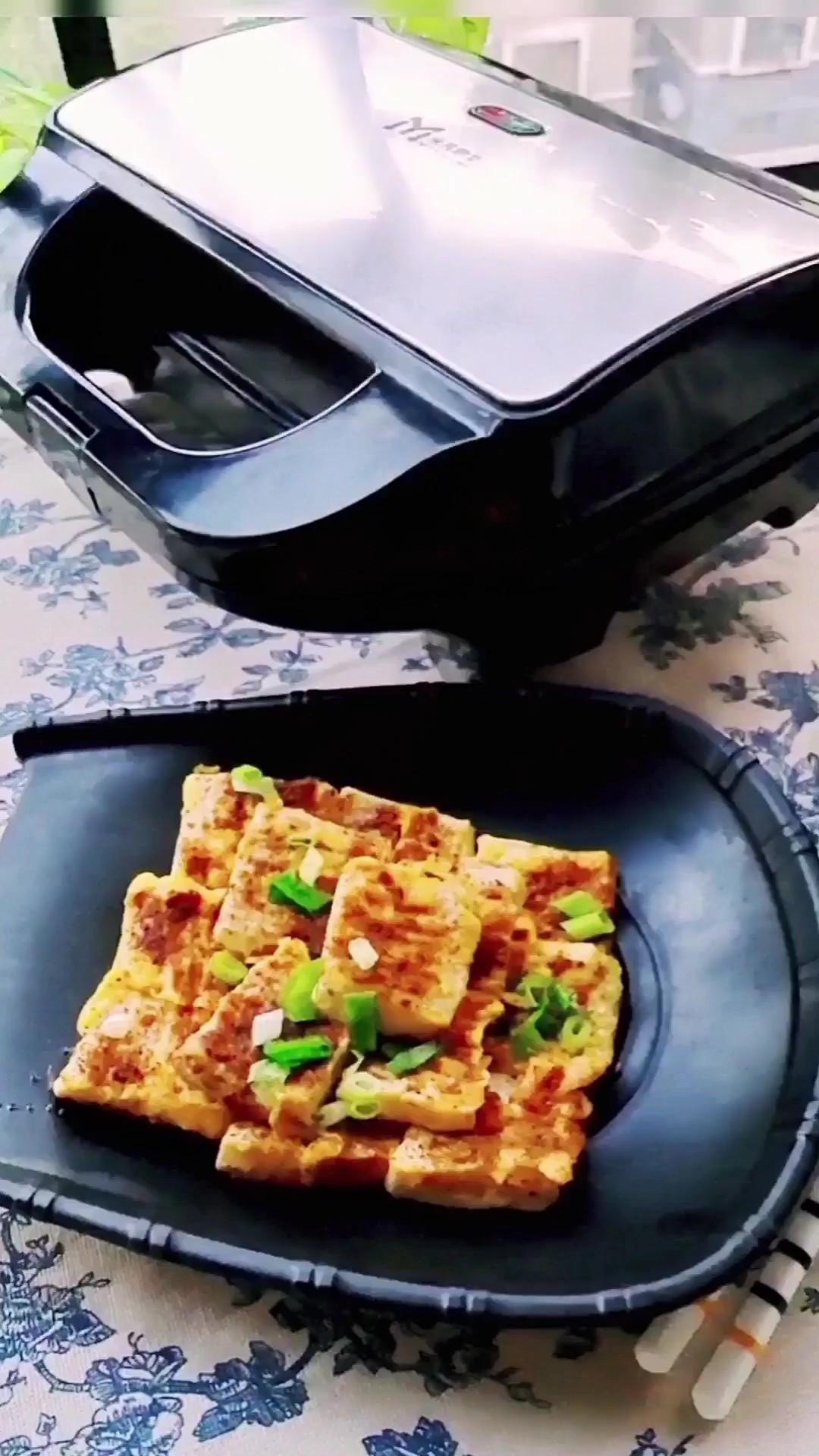 豆腐最简单做法,佐酒佳品…烧烤味煎豆腐