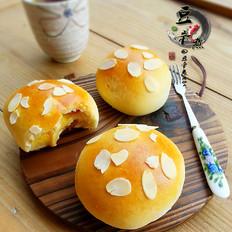 中种芒果酱杏仁片面包