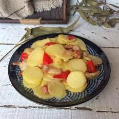 土豆片煸肉