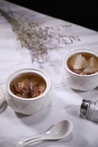 萝卜马蹄羊肉汤的做法