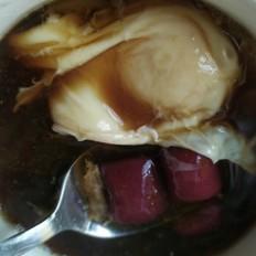 芋圆鸡蛋黑糖水