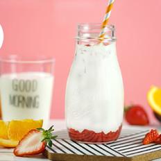 自制韩式草莓牛奶