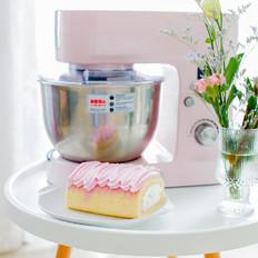 集美貌与美味于一身的火龙果蛋糕卷