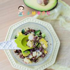 牛油果虾仁炒饭