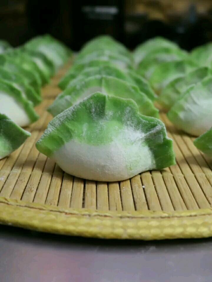 """""""百财""""白菜饺子"""