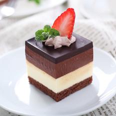 三重巧克力蛋糕