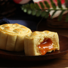 中秋新品~奶黄流心月饼的做法