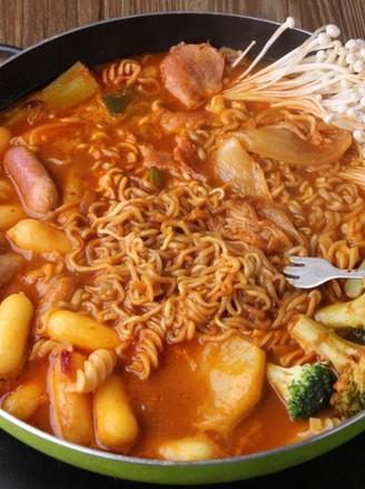 韩式年糕火锅的做法