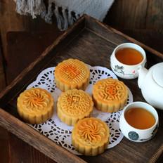 白莲蓉蛋黄月饼的做法