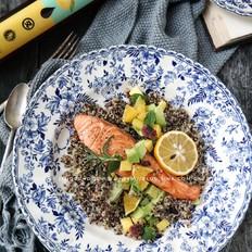 藜麦牛油果三文鱼沙拉的做法