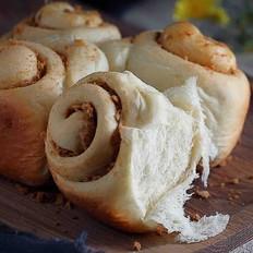 面包机版肉松面包卷