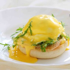 班尼迪克蛋(附英式松饼做法)#早餐#的做法