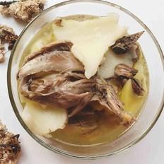 椰子炖鸽子汤的做法