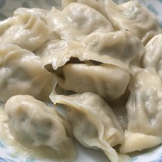 茼蒿猪肉饺子