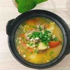 西红柿土豆牛腩汤