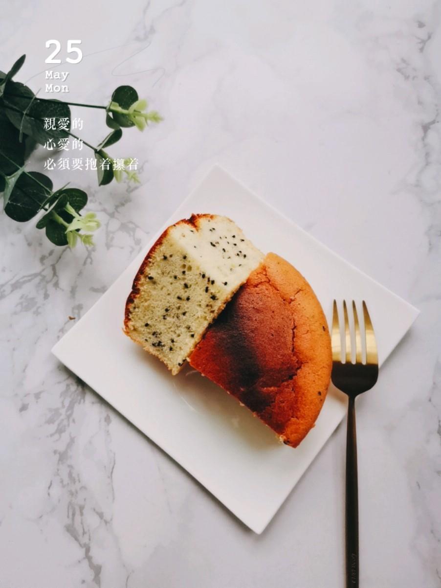 酸奶芝麻蛋糕