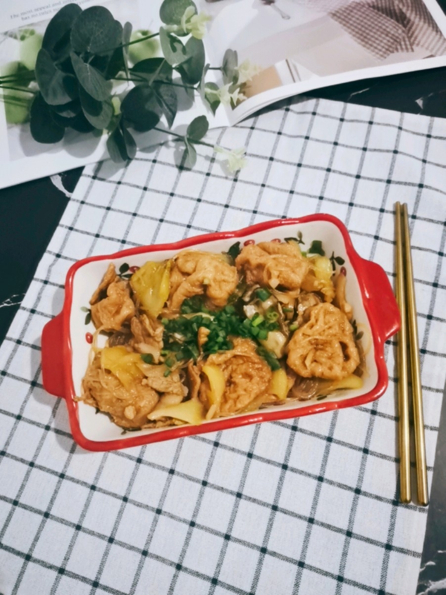 咸菜鱼腐煲的做法