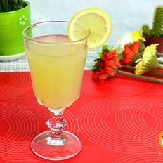 雪梨柠檬汁