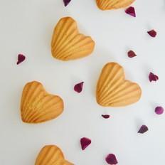 爱心金沙月饼