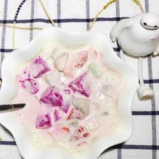 牛油果酸奶水果捞
