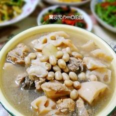 花生莲藕脊骨汤