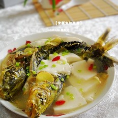 黄颡鱼炖豆腐