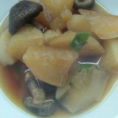 白萝卜炖香菇