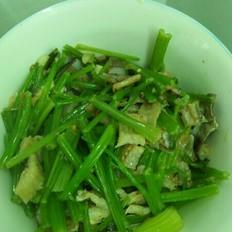 芹菜炒鳗鱼鲞
